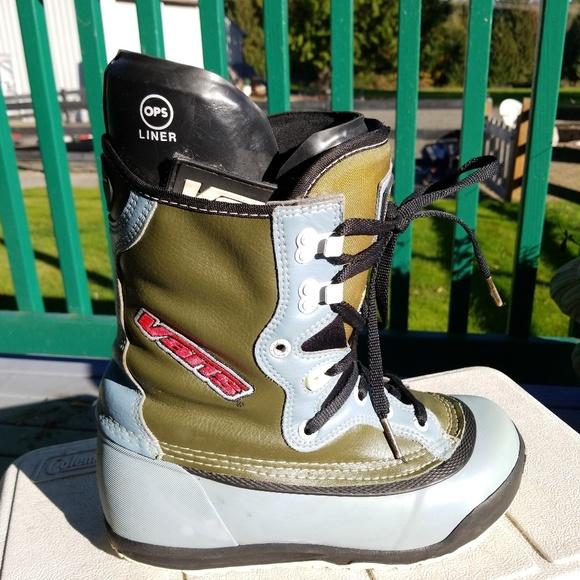 b56dc6e479c0 Van s Hi-Standard Ergo Lite OPS Snowboard Boots. M 5bcce2b2d6dc5258a3649ec9